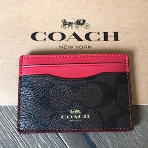 🎁 {COACH} Cardholder. Red with classic brown.